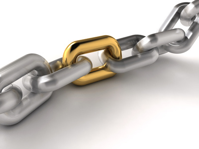 A chain with an oustanding golden link - rendered in 3d