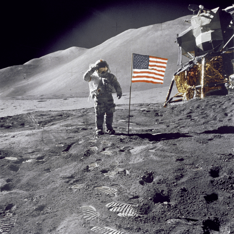 neil armstrong thesis Neil armstrong as a leader neil alden armstrong was the first person to ever walk on the moon - neil armstrong as a leader introduction he is a fundamental part.