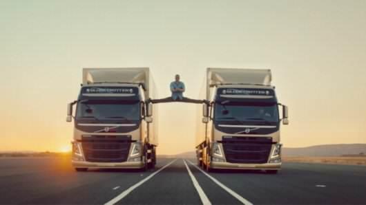 reklama Volvo z Van Damem